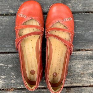 Clarks Unstructured Un.Harmony Red Flats 11W